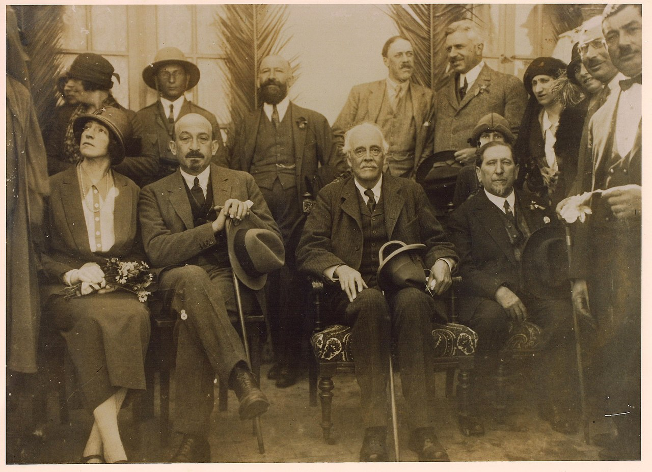 1280px Lord Balfour in Biyamina with Vera and Chaim Weizmann Nachum Sokolov and otehrs 1925 Avital Efrat