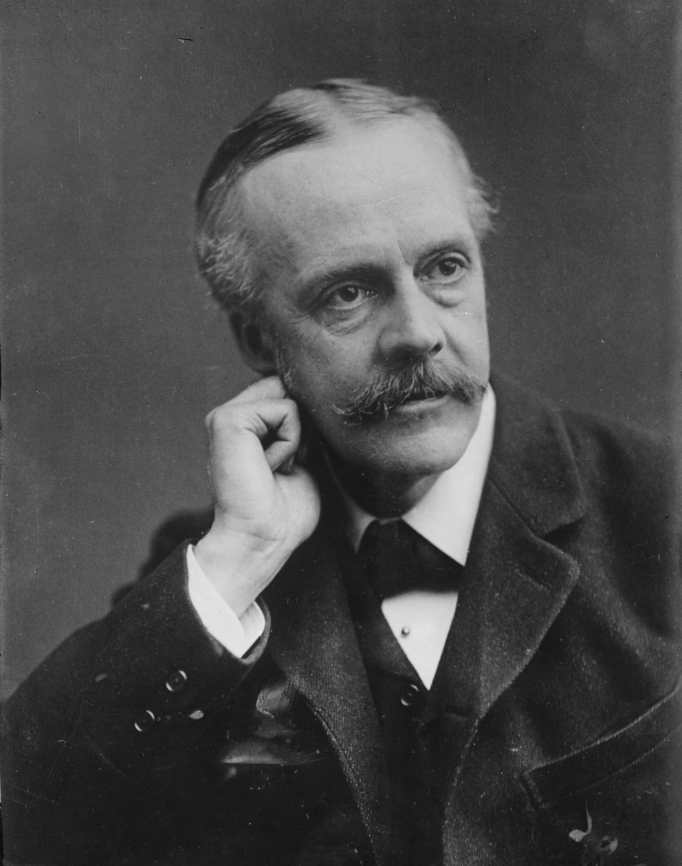 Arthur James Balfour 4